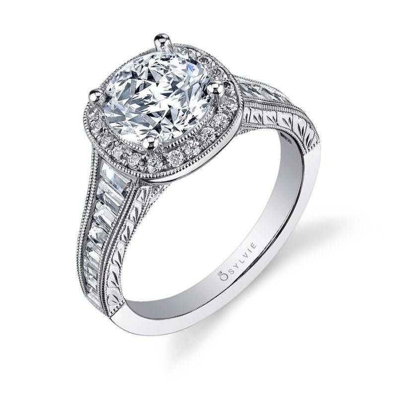 Envie - Hand Engraved Round Engagement Ring - S1363