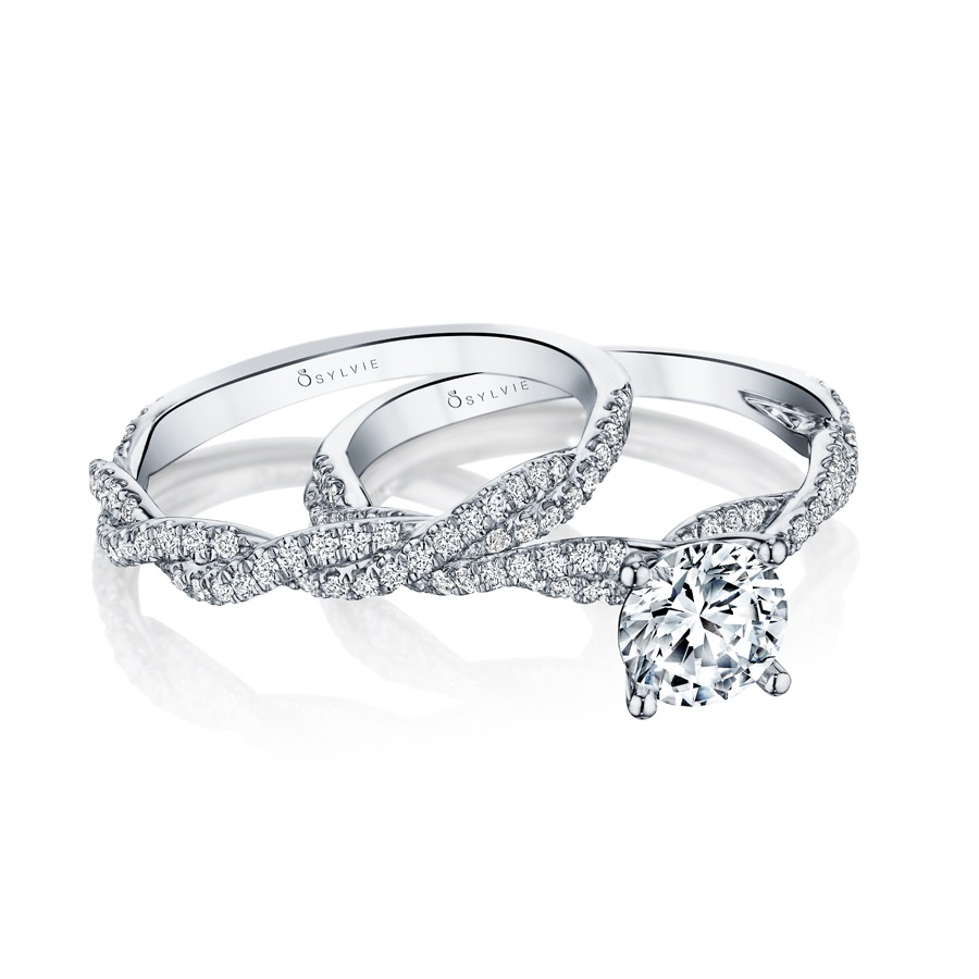 spiral solitaire engagement ring and wedding band set